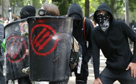 200,000 Americans call on Trump to 'recognize Antifa as