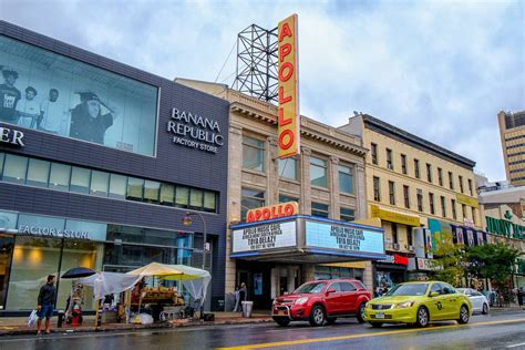 Live Like a Local in Central Harlem, Manhattan : New York