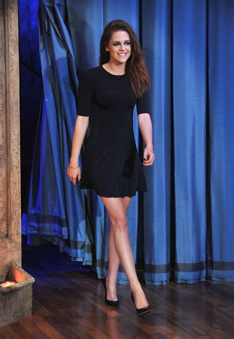 Kristen Stewart is a Leg-Baring Pro: Your Proof Here
