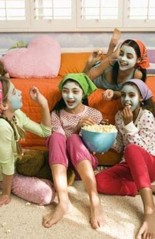 Slumber Party Games & Ideas for 11-Year-Old Girls