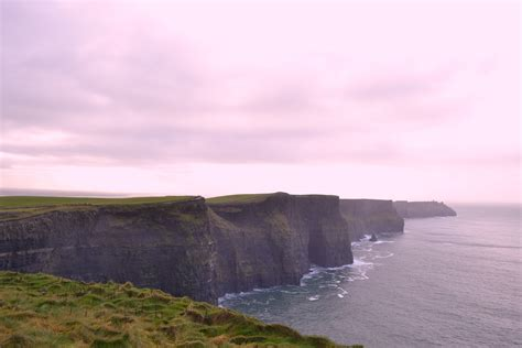 Irland - Cliffs of Moher - Choices of life - Travelblog