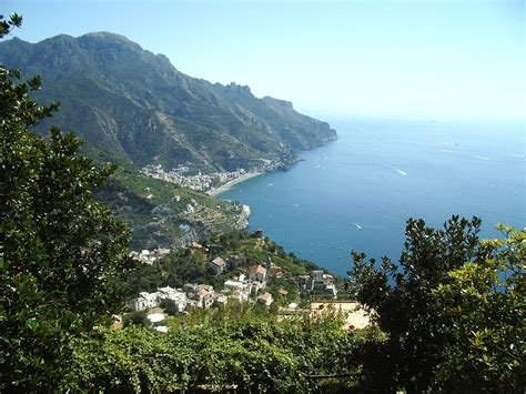 Ravello – Travel guide at Wikivoyage