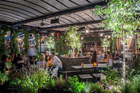 Gallow Green | Bars in Chelsea, New York