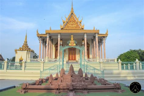 Phnom Penh Cambodia - A Complete City Guide You Need To Read!