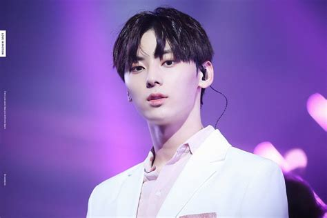 WANNA ONE's Hwang Minhyun Only Ever Dated Once And It Was